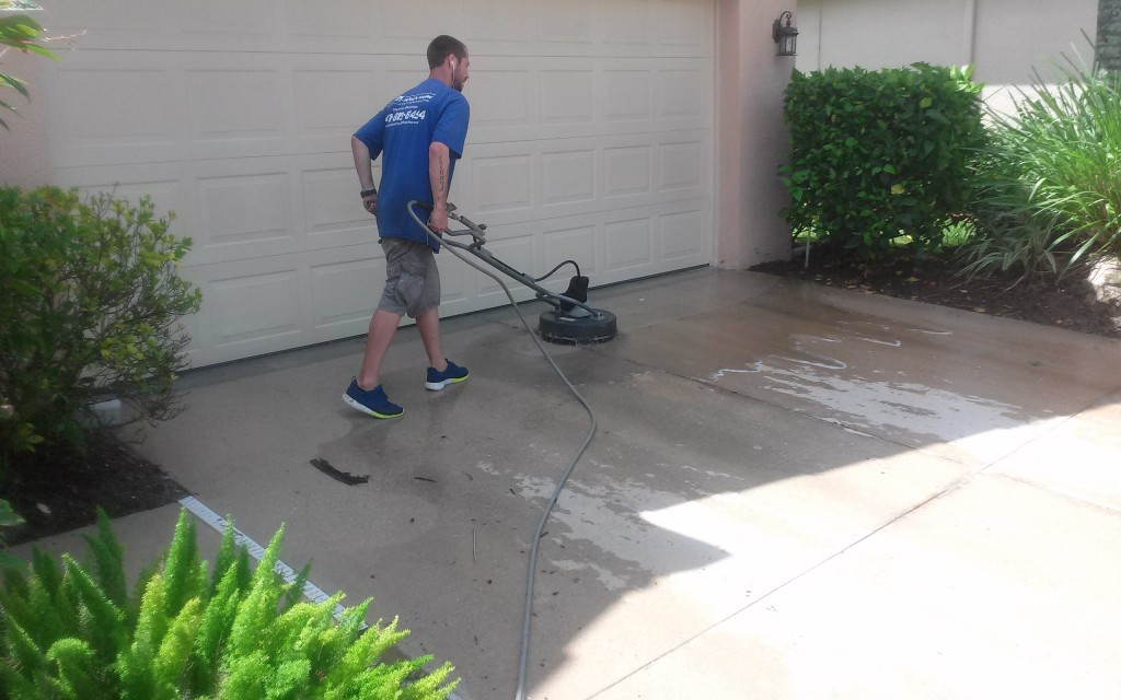 Pressure Cleaning North Port, Venice, Englewood, Port Charlotte, Punta Gorda Sarasota