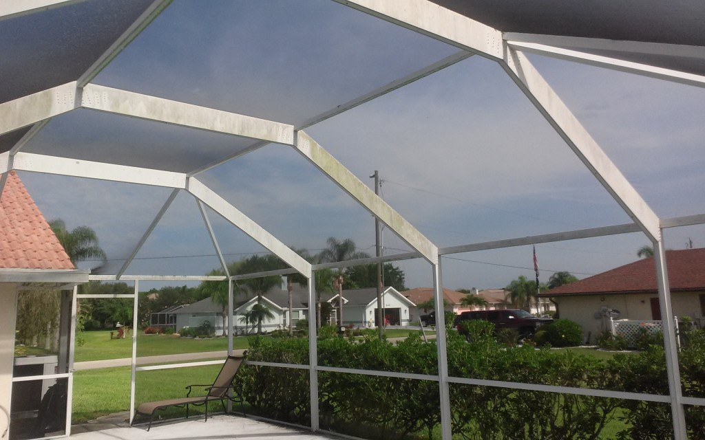 pool cage pressure cleaning services 941-815-8454