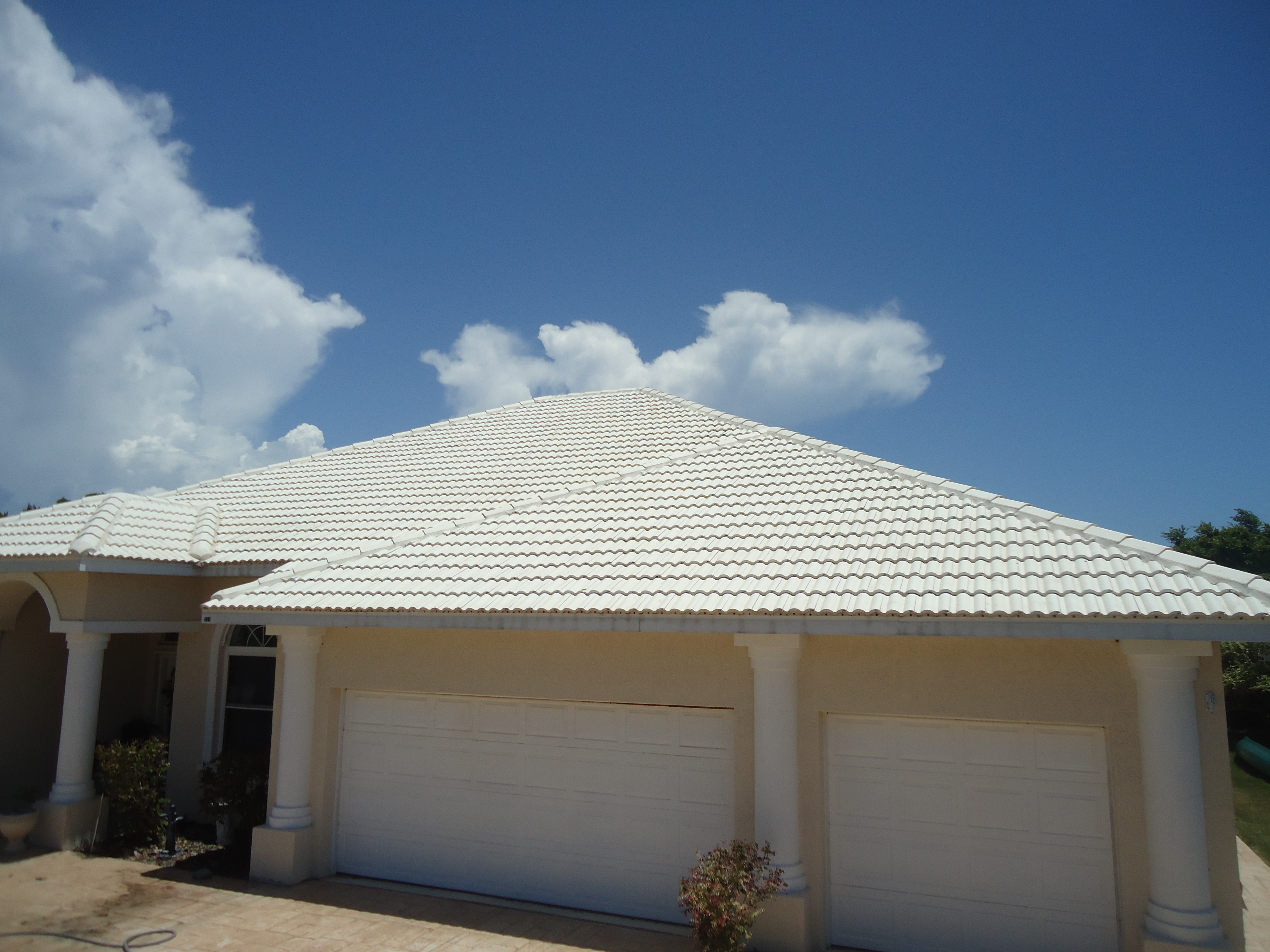 Soft Wash Tile Roof Cleaning Venice Fl Locate A